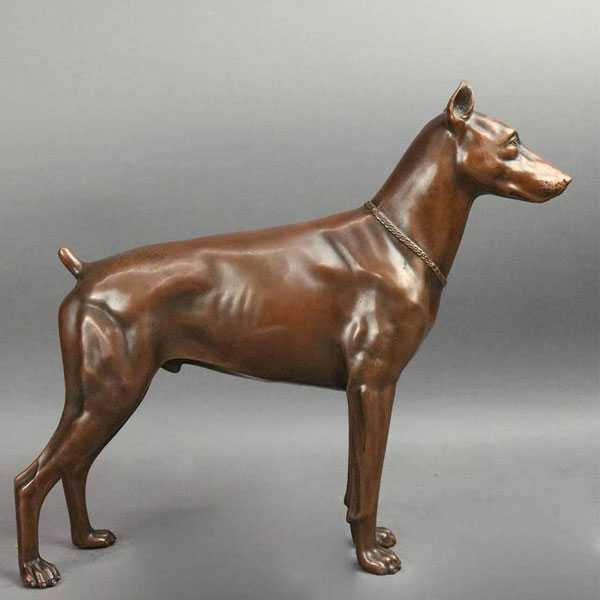 Life Size Outdoor Doberman Pinscher Statue Bronze Dog Garden Art Decor Statue for Sale BOKK-543