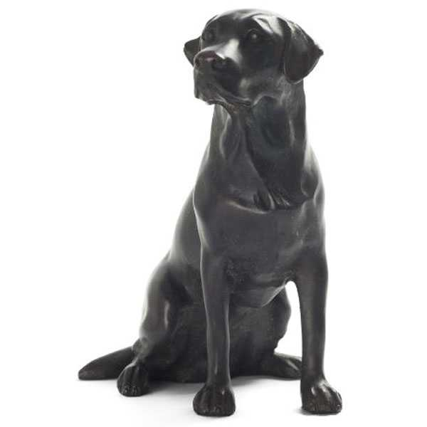 black sitting lab statue welcome sign