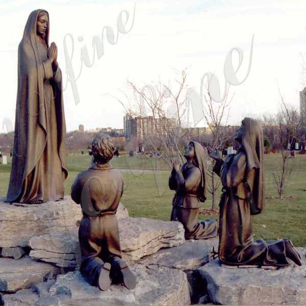 BOKK-606 Catholic Bronze Religious Statue Our Lady of Fatima Mother and Three Shepherd Children Bronze  Religious Statues for Sale