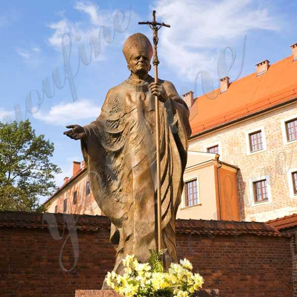 Catholic Bronze Pope John Paul II in The Grounds of Wawel Castle Replica Church Lawn Statue BOKK-615