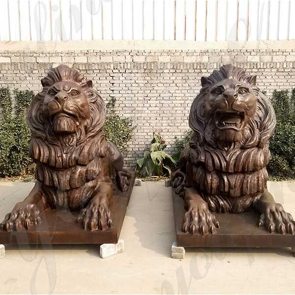 BOKK-652 Paired Large Antique Lion Statues Bronze Animal Outdoor Statues for Front Porch or Bank for Sale