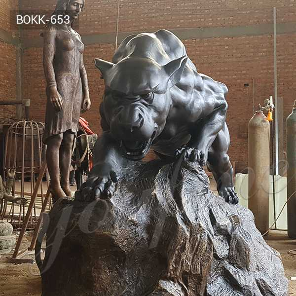 BOKK-653 Life Size Bronze Panther Statue Antique Black Garden Leopard Design for School for Sale