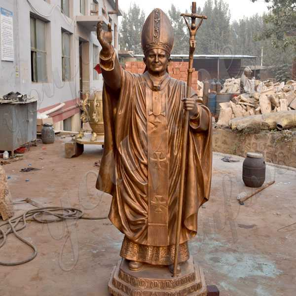 Life size catholic statue bronze pope John Paul II statue for church decoration