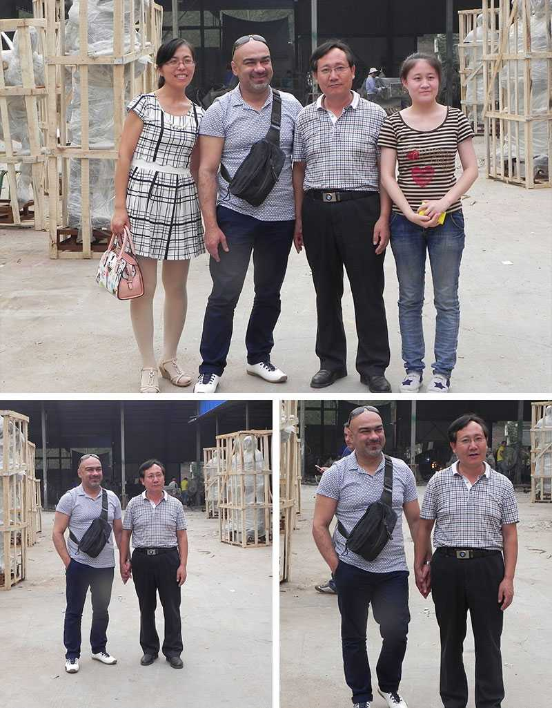 customer visit our factory of stainless steel sculpture
