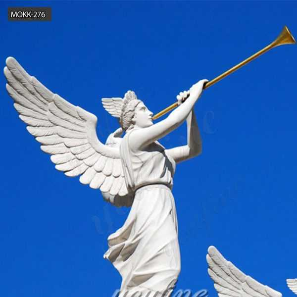 Statues-of-Angels-blowing-trumpets