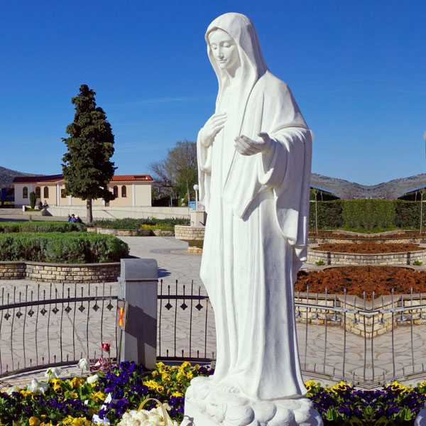 Beautiful White Marble Stone Virgin Mary Sculpture Garden Statue CHS-90