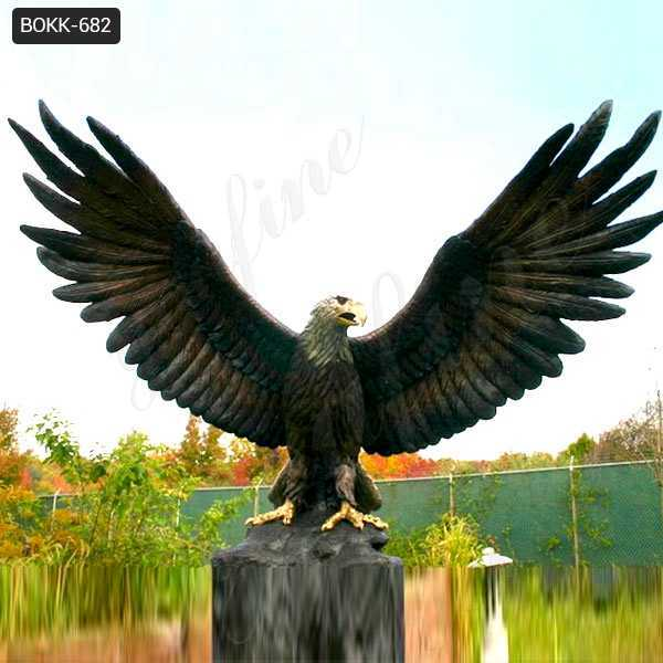 Large Beautiful Bronze Eagle in Flight Statue Bird Figurine Art Outdoor Decoration BOKK-682