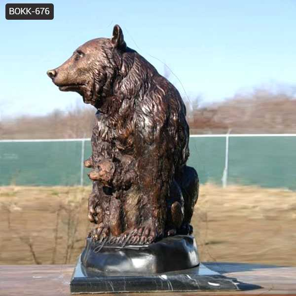 Casting Bronze Grizzly Bear Statue on sale