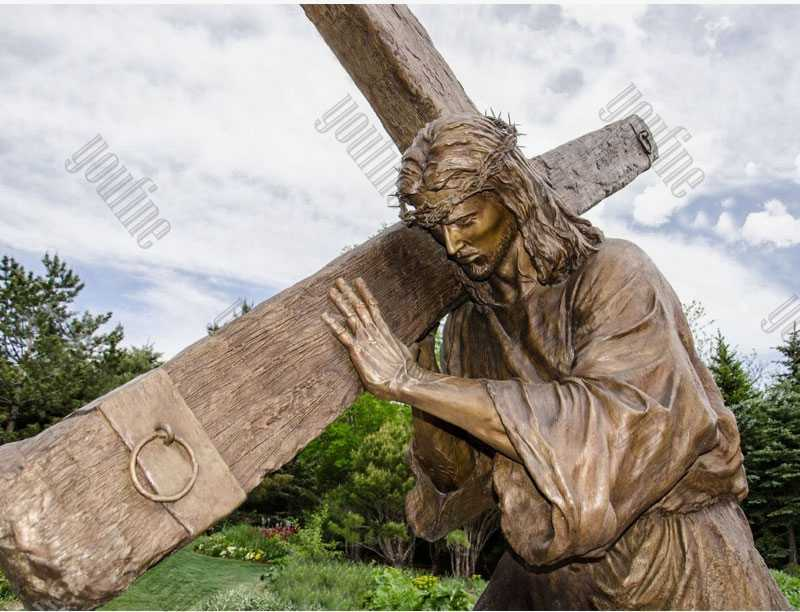 Casting Bronze Jesus Christ Carrying the Cross Statue