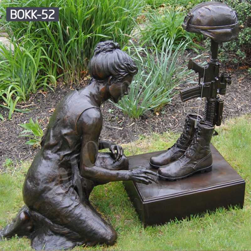 Kneeling Soldier Military Bronze Statue 1