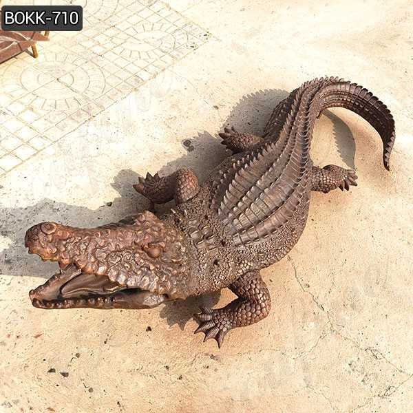 Life Size Bronze Garden Alligator Statue Realistic Crocodile Sculpture for Sale BOKK-710