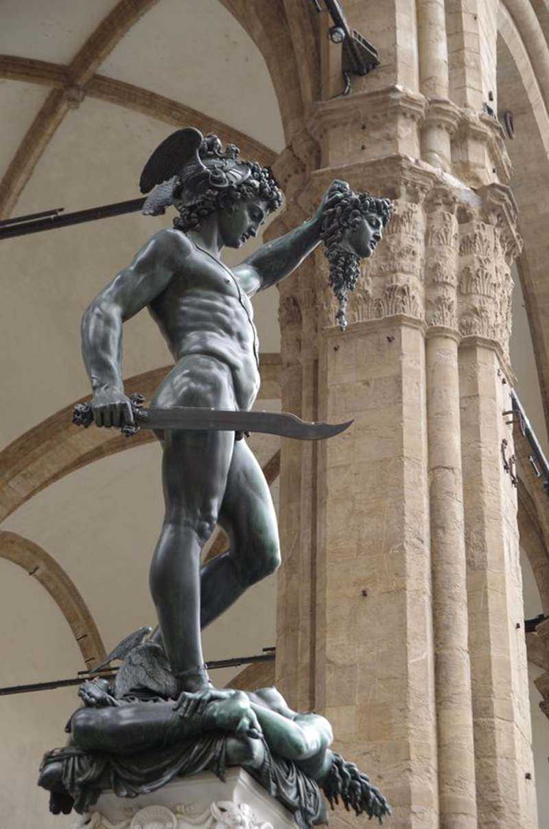 Bronze Perseus with the Head of Medusa statue