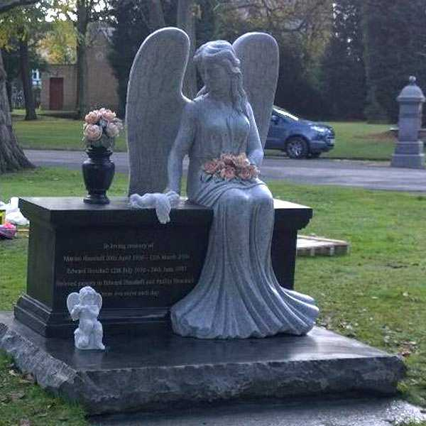 Discount Angel Headstones For Graves Black Large Granite Angel Tombstone Designs For Sale For Baby--MOKK-111