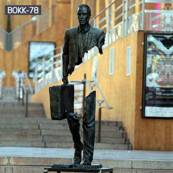 Custom Made Bronze Bruno Catalano Travelers Sculpture Supplier BOKK-78
