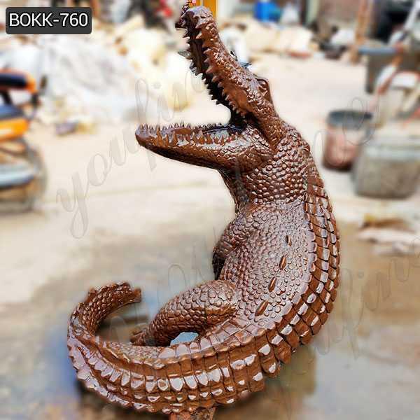 Casting Bronze Life Size Crocodile Sculpture for Garden Decor