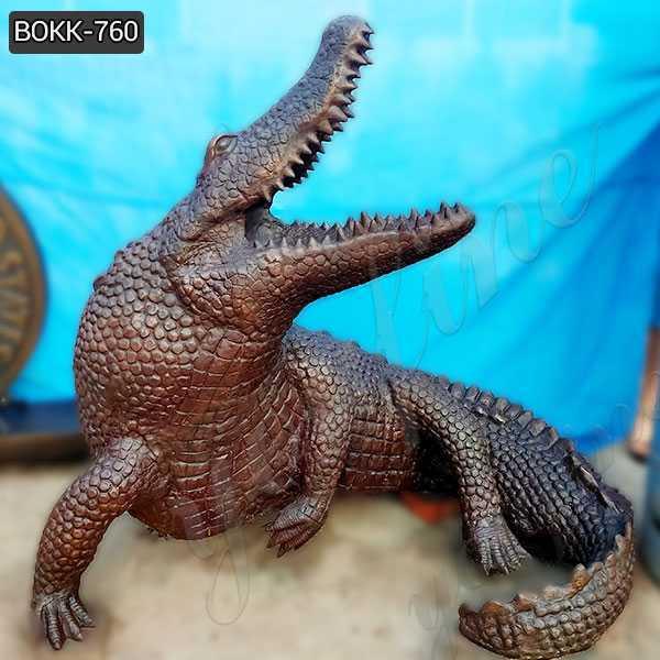 Casting Bronze Life Size Crocodile Sculpture for sale