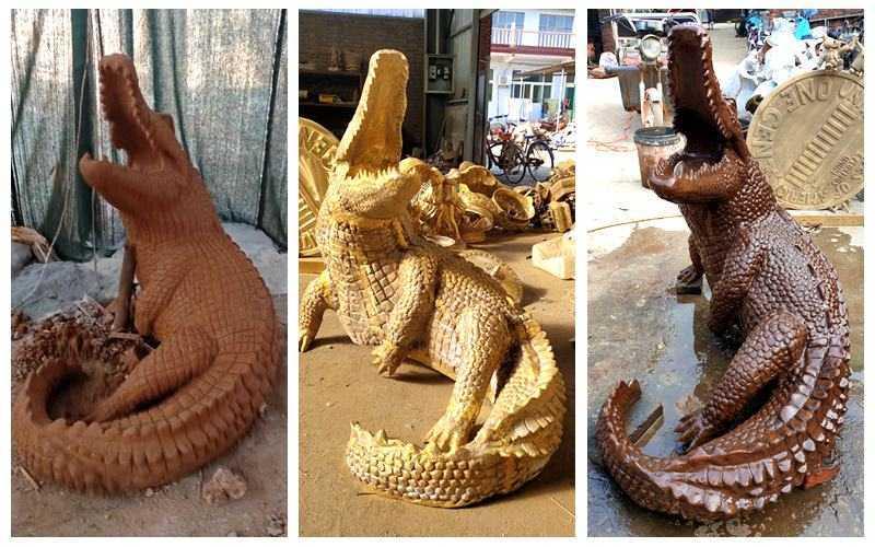 crocodile garden statue