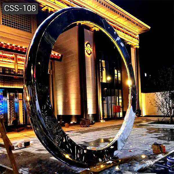 Modern Stainless Steel Ring Sculpture for Outdoor Decoration