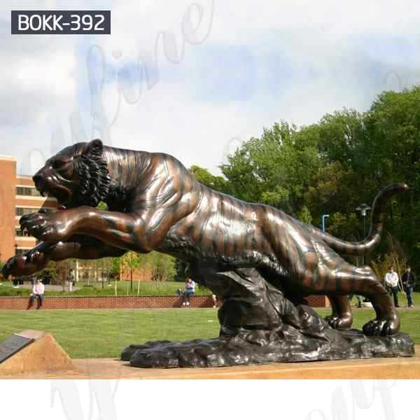 Outdoor Decoration Large Animal Sculpture Bronze Tiger Statue