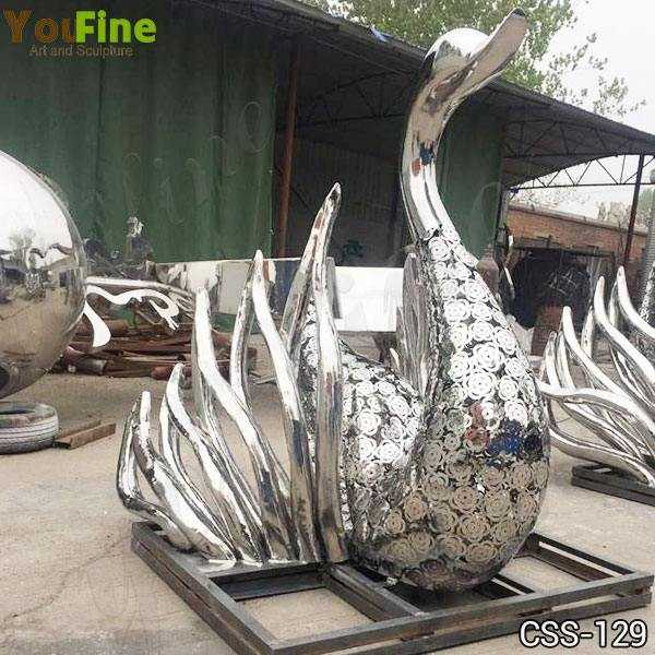 Beautiful Outdoor Polished Swan Stainless Steel Sculpture