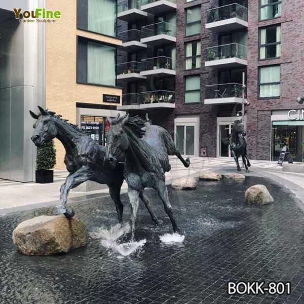 Outdoor Antique Black Bronze Running Horse Statue Supplier