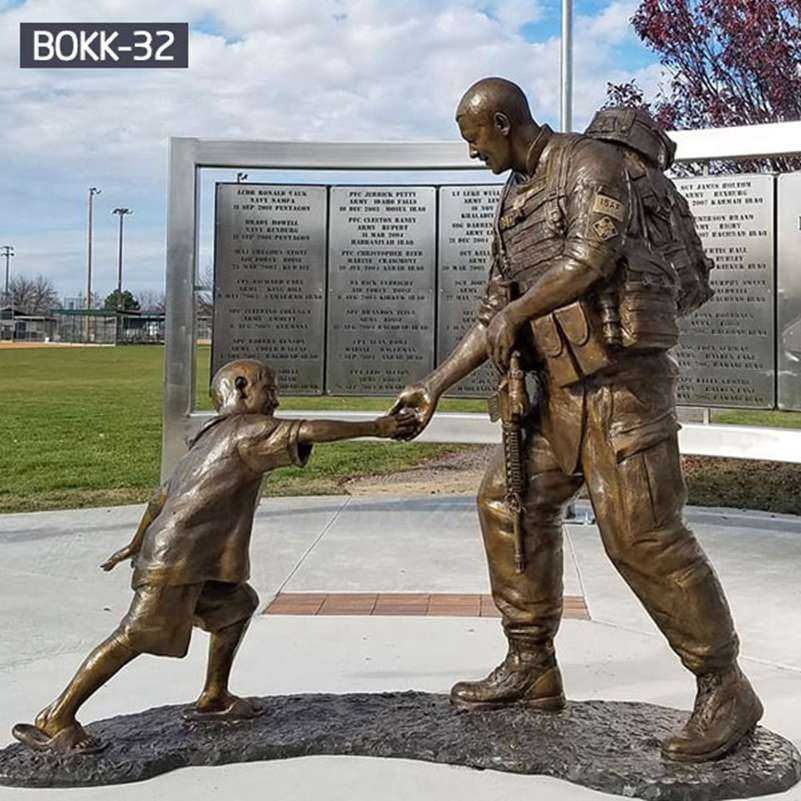 Famous Bronze Sgt. Dan Brown Memorial Soldier Statue Replica BOKK-32