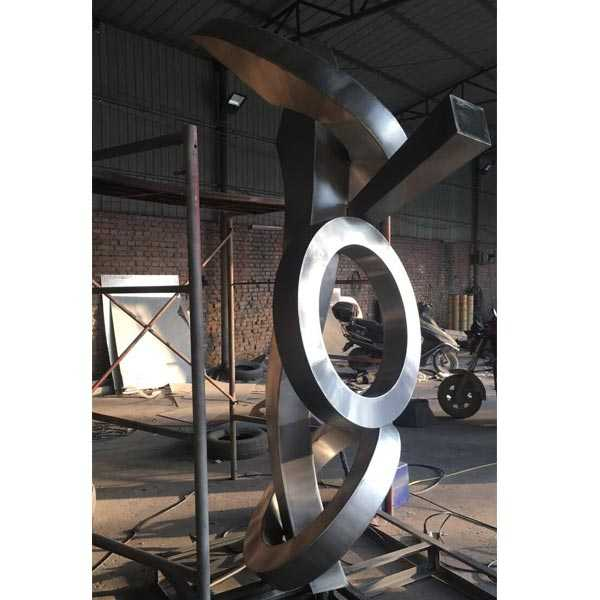 Abstract Stainless Metal Sculpture Manufacturers