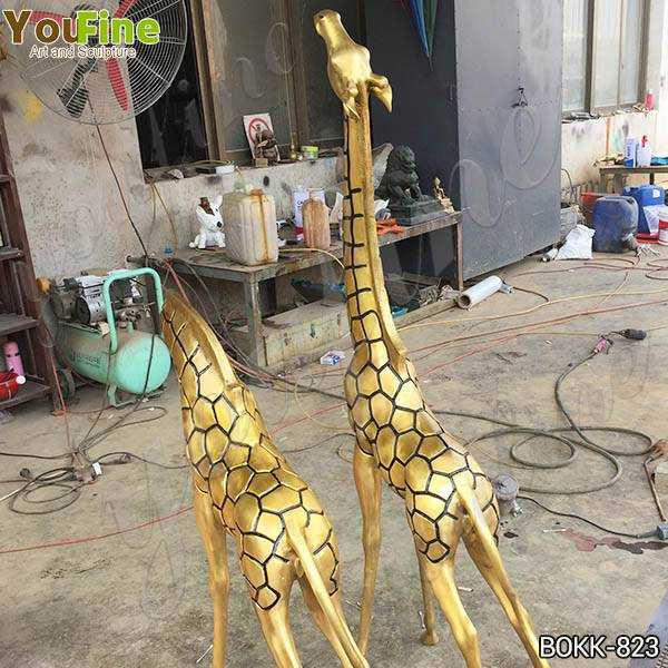 Bronze Metal Giraffe Garden Statues