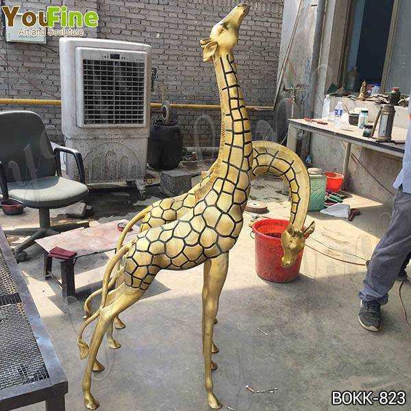 Large Bronze Metal Giraffe Garden Statues