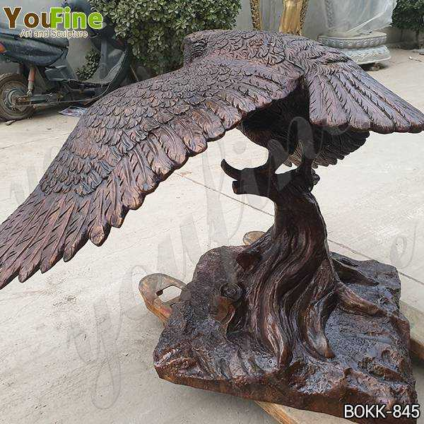 Life Size Cast Bronze Owl Statue with Base Suppliers