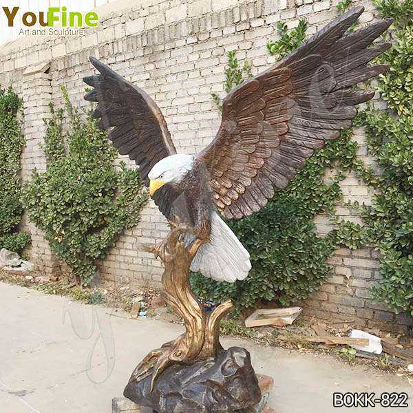 Life Size Solid Bronze Eagle Statue for Garden Decor for Sale