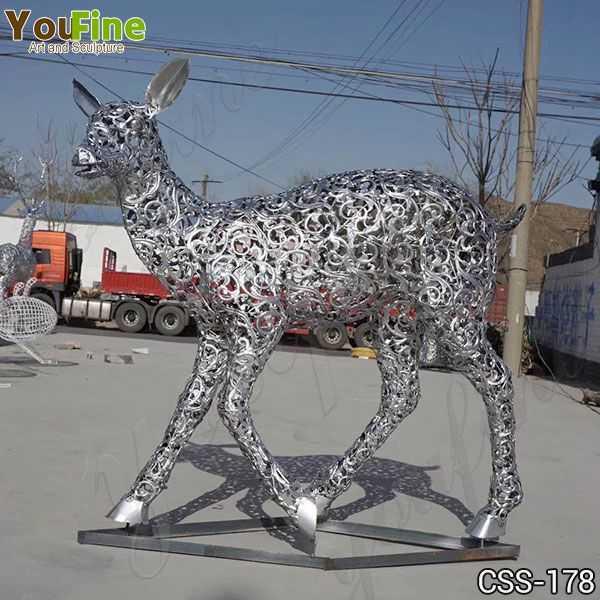 Modern Stainless Steel Deer Sculpture Design