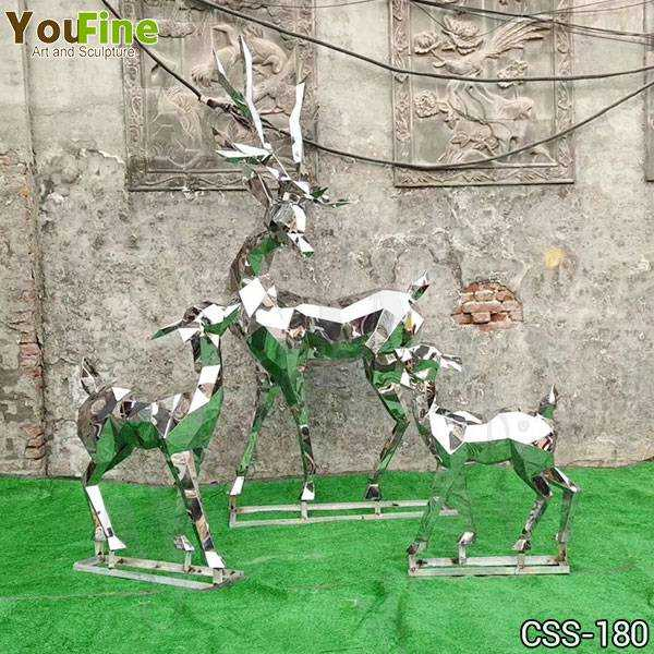 Outdoor Metal Deer Sculptures Group for Sale