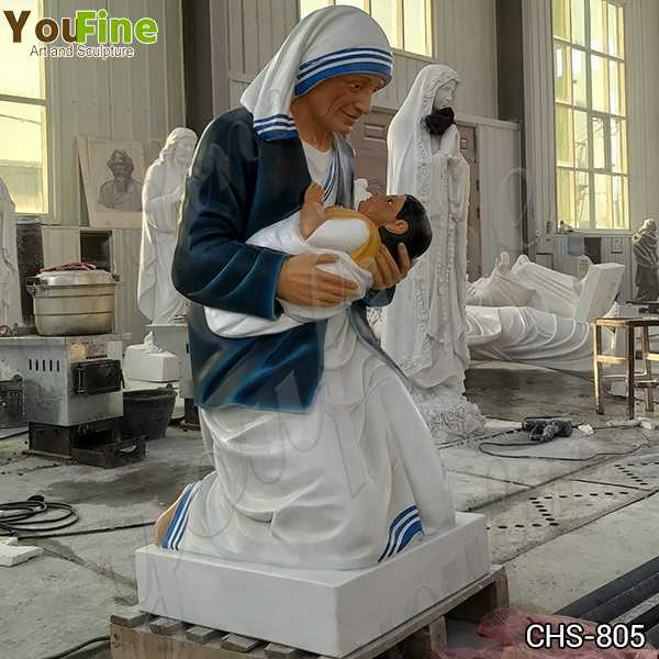 Customized Catholic Marble Mother Teresa Holding Baby Statue for Sale