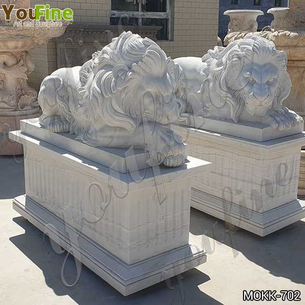 White Marble Restful Lion Statues Suppliers