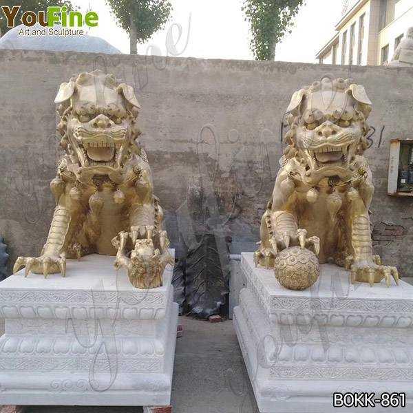 bronze lion statues