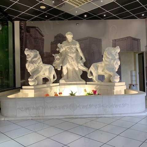 4 Things Should Consider Before Choosing a Outdoor Marble Fountain