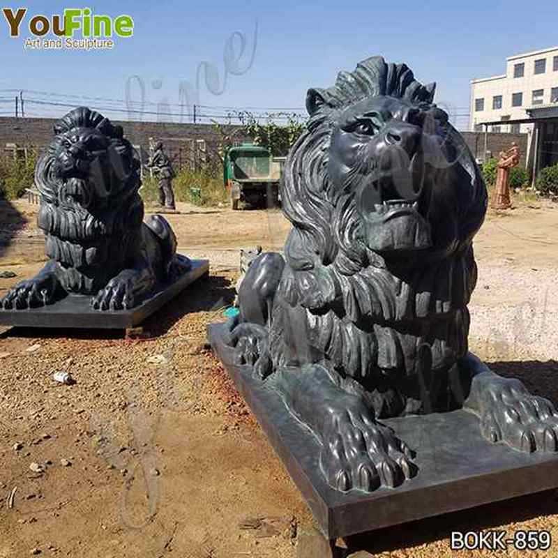 Animal Bronze Lion Sculpture in Front of The Gate