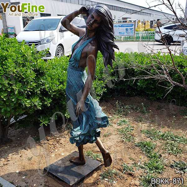 Mermaid Half Naked Holding a Shell Bronze Statue Fountain