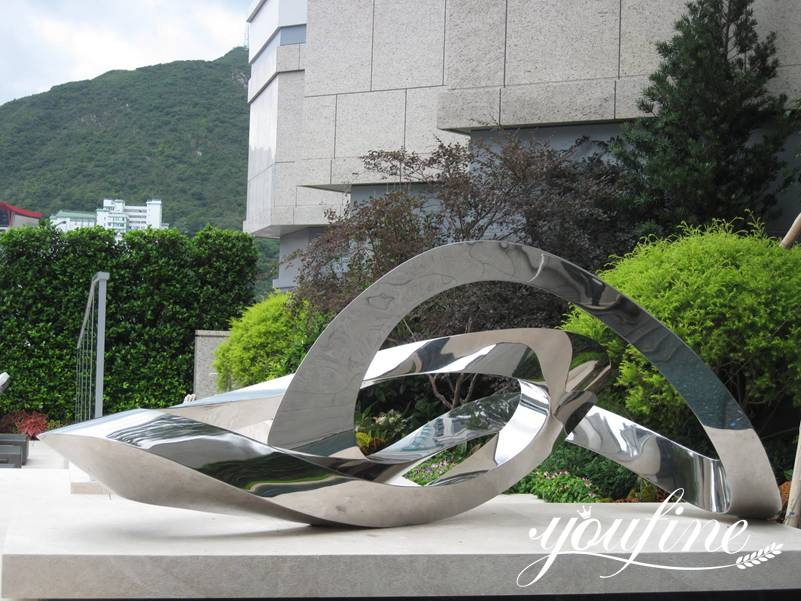 Large Outdoor Metal Sculptures for Back