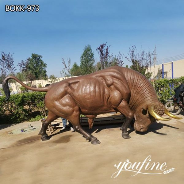 Large Bronze Bull Statue Ready to Charge Sculpture for Sale