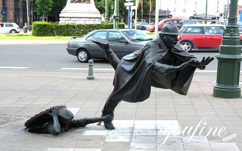 Life Size Bronze Vaartkapoen Statue Decorative Street Sculpture