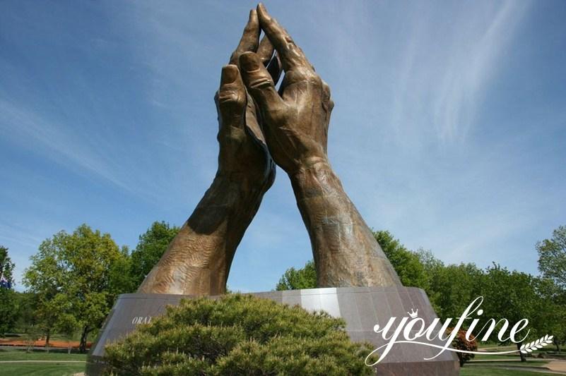 modern bronze sculpture
